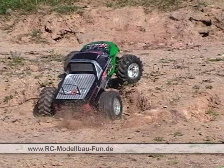 mehr lesen über den RC Monstertruck Reely Cross Tiger 1:10 4WD RTR und Video ansehen