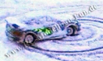 Tamiya TA03F Subaru Impreza WRC Drift im Schnee