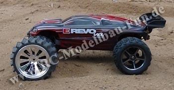 Traxxas E-Revo VXL Brushless 1:16 4WD RTR mit Schaufelreifen und Standartreifen