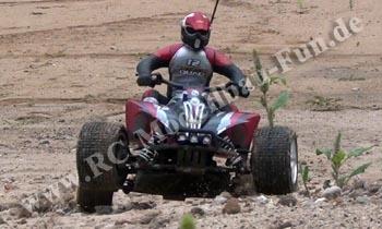 Carson Desert RC Quad CE-10T 1:4,5 4WD RTR in Sandgrube